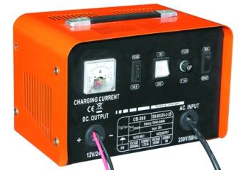 Напряжение питания В 220.  Зарядное устройство для зарядки автомобильных аккумуляторов.  Быстрая и медленная зарядка.